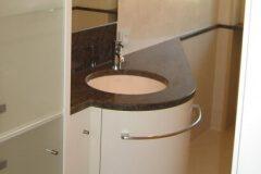 Waschbecken-mit-Marmorplatte-Schreinerei-Schreinerei-Badmoebel-Muenchen-ismanig