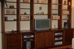 Bücher und Wohnwand
