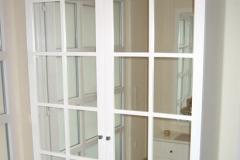 Garderobe mit Glaseinsätzen